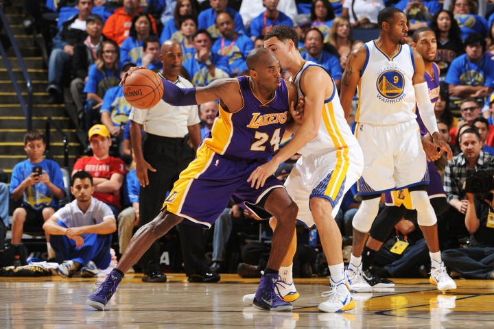 Kobe post up Klay