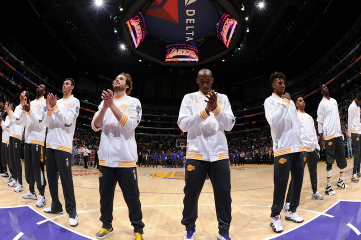 Lakers vs Pistons pregame